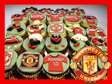 Man-U--themed-birthday- cupcakes