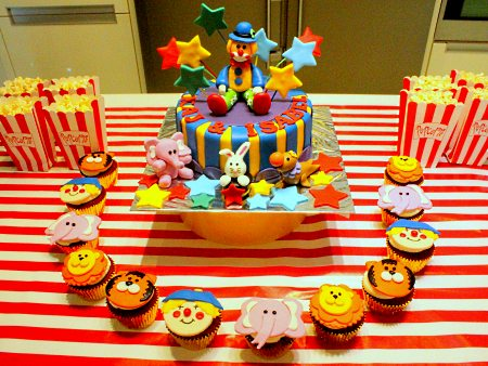 circus-clown-birthday- cakes