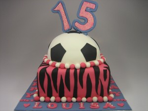 football-Happy-birthday-themed-cake