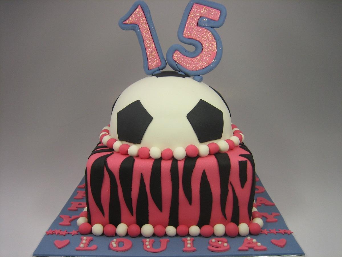 football-Happy-birthday-themed-cake