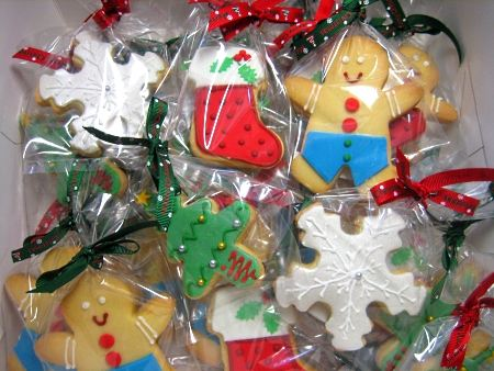 Christmas-themed-cookies