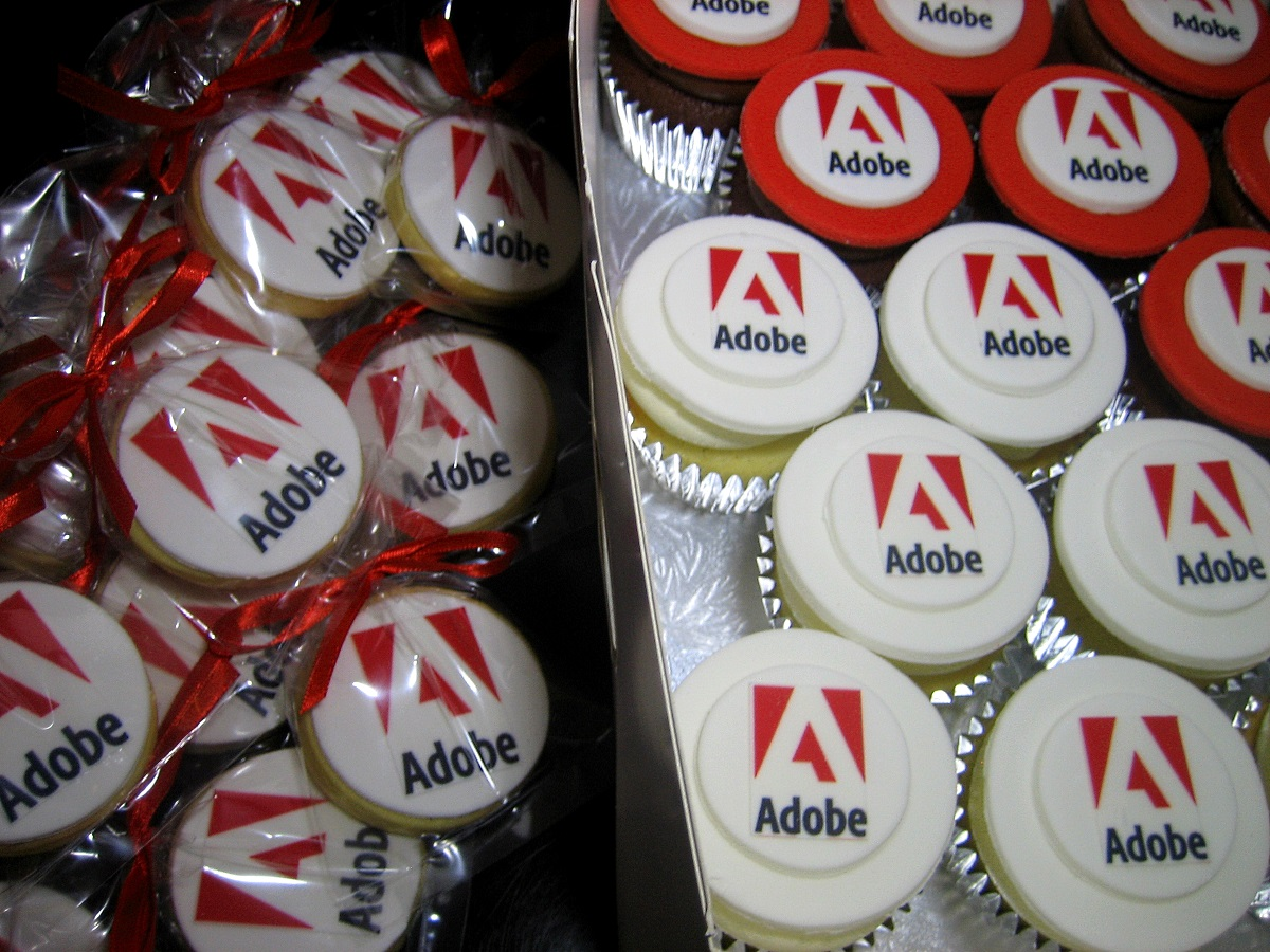 Adobe cookies & cupcakes - hosting a product-launch event!