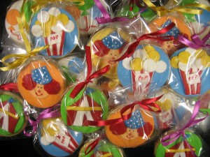 CIRCUS-decorated-birthday-cookies