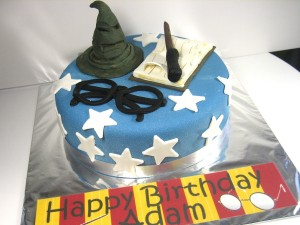 Harry-Potter-happy-birthday-themed cake