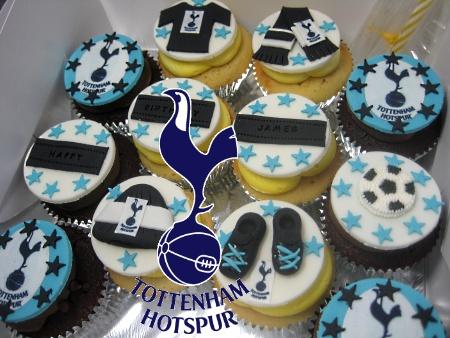 totteham-hotspurs-fc-birthday-cupcakes