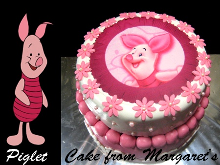 Piglet-Happy-birthday-themed-cake