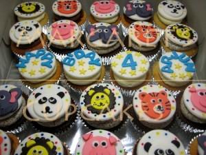 animal-themed-birthday-cupcakes