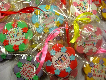 decorated-birthday-cookies