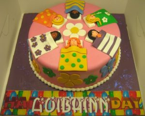 """Little girls"" birthday cake"