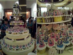 snoopy-smurfett- wedding- cupcakes