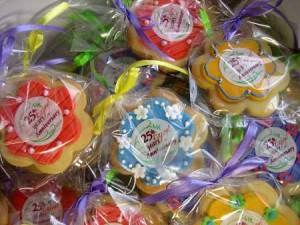 25th-anniversary-creative cookies