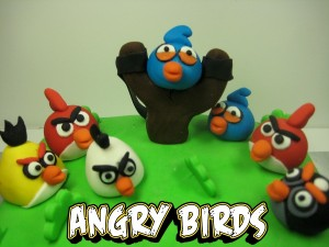 angry-birds-Happy-birthday-decorated-cake