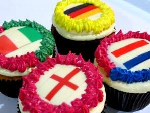 euro-2012-cupcakes