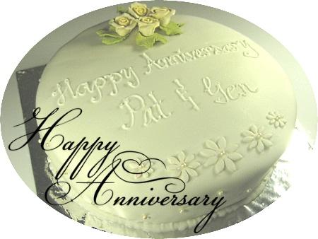 happy-wedding- anniversary-decorated-cake