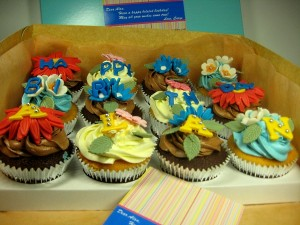 12-happy-birthday-customized-cupcake-order