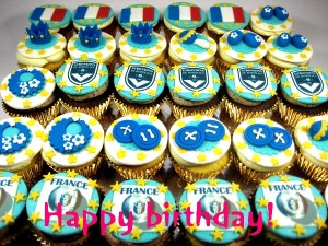 happy-birthday-French-customized-cupcake-Singapore-delivery