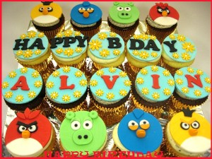 order-online-angry-birds-happy-birthday-customized-cupcakes