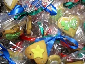 heart-shape-flower-cookies