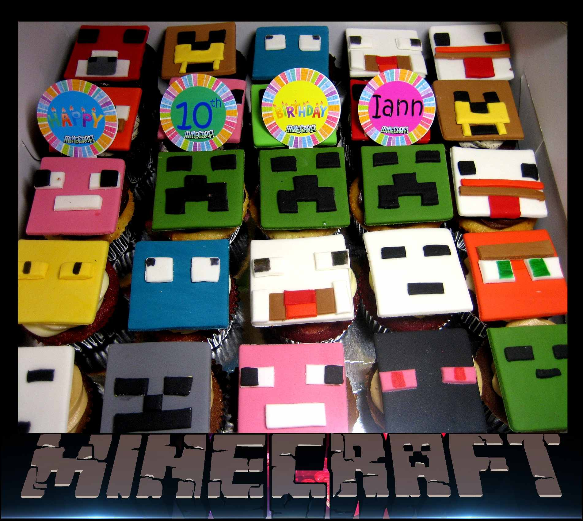 mine-craft-birthday-cupcakes