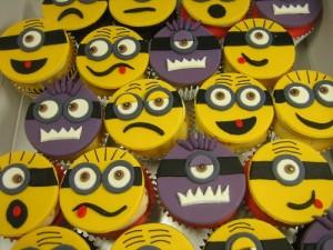 Minions Cupcakes 2D