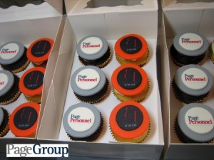 CORPORATE-LOGO-CUPCAKE-SET