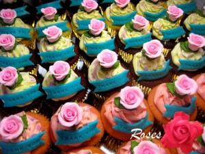 roses-birthday-cupcakes