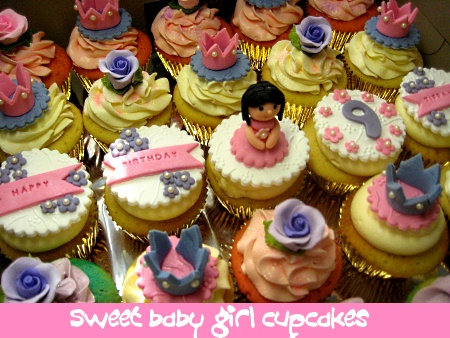 sweet-baby-girl- birthday-upcakes