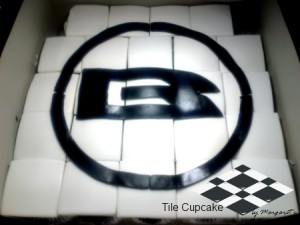 tile-birthday-cupcakes