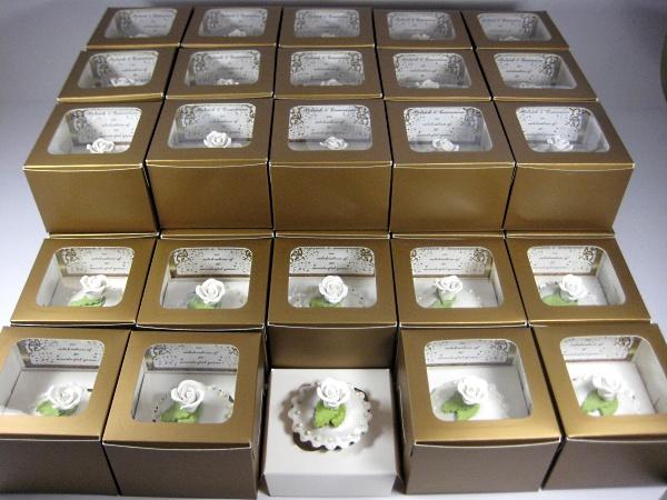 white-rose-wedding-shower-cupcakes