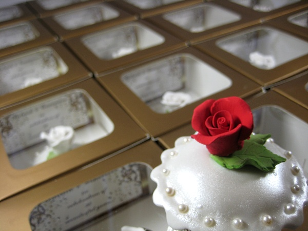 white-rose-wedding-shower-cupcakes