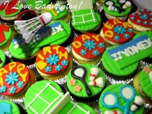 badminton-theme- design-birthday-cupcakes