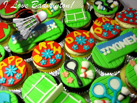badminton-theme- design-birthday-cupcakes