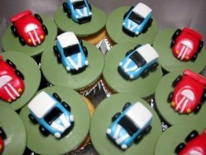 mini-car-birthday-cupcakes