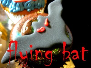 flying bat Halloween cupcake