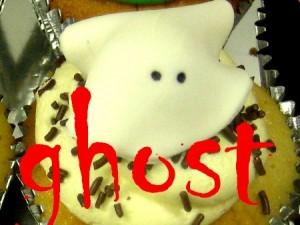 ghost Halloween cupcake