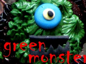 green monster Halloweeen cupcake