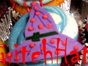 witch hat Halloween cupcake