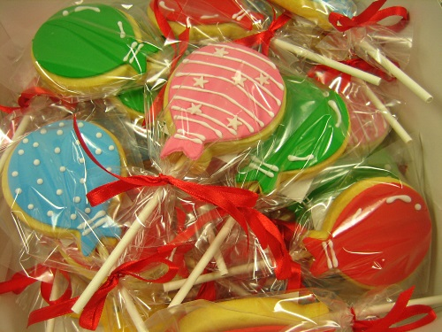 BALLOON LOLLIPOP COOKIES
