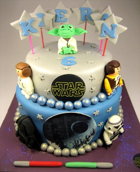 Yoda, Darth Vada, Storm Trooper etc little figurines