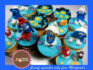 smurf-themed-birthday-cupcakes