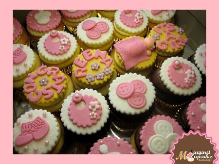 creative-baby-girl-shower-cupcakes