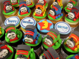happy-birthday-customized-cupcake-order-singapore