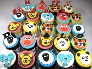 animal-themed-birthday-cupcakes