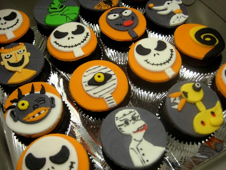 SCARY-CUPCAKE
