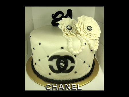 chanel-Happy-birthday-decorated-cake