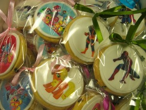 character-icing-cookies