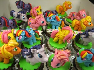character-cupcakes