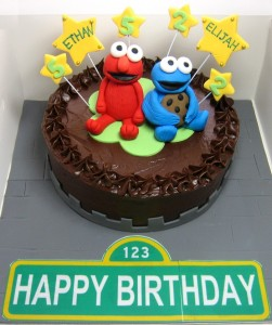 cookie-monster-cake