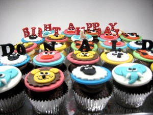 animal-order-delivery-birthday-cupcakes