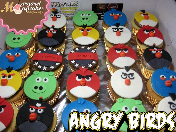 angry-birds-characters-cupcakes